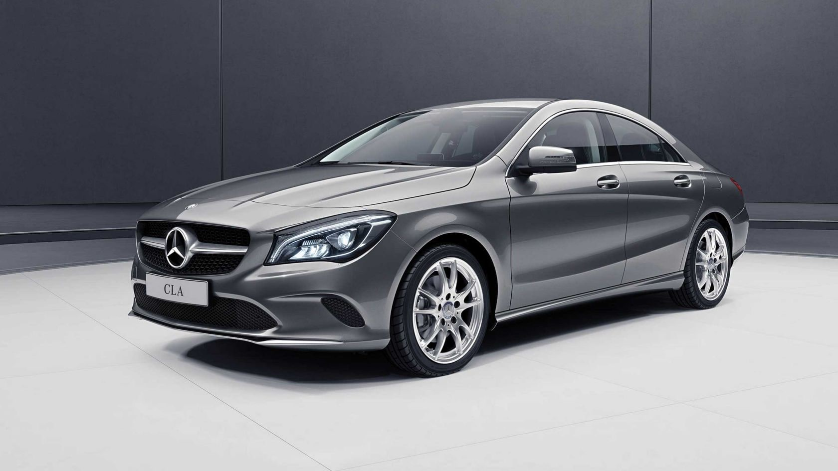 Mercedes Benz Cla >> Explore